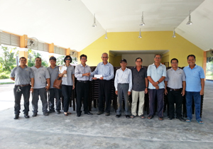 CMS Clinker donates chairs to Kampung Masaan