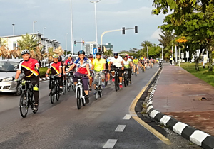 Cahya Cyclists at Boulevard Fun Ride