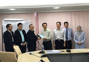 041217_Design and Build and Negotiated Contract of Miri-Marudi Road Contract Signing