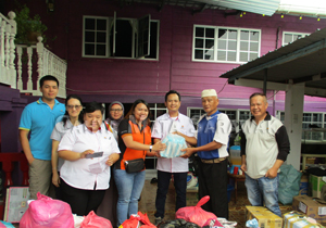 Donation-in-kind to Sibu fire victims